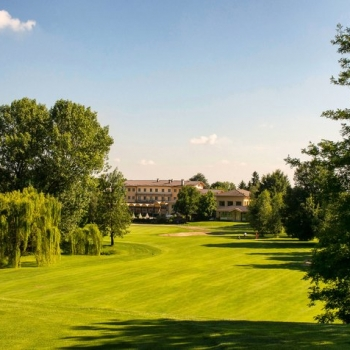 UH_Hotel_Golf_Cavaglia_hero-720x476-9388fb3a-1ef7-445a-b8b5-18ec07484180
